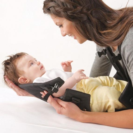 "Рюкзак- кенгуру Infantino для переноски ребенка ""Breathe"""