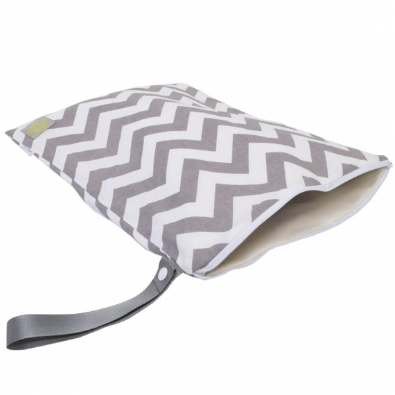 Дорожная сумочка Itzy Ritzy Large Wet Bag Grey Chevron
