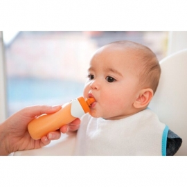 Мягкая силиконовая бутылочка для воды, пюре, соков Keeper Squeeze Pouch infantino fresh